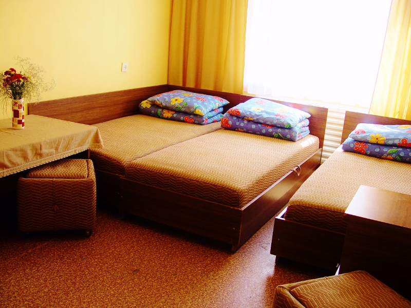 Lieknų g. 18 - Trivietis kambarys